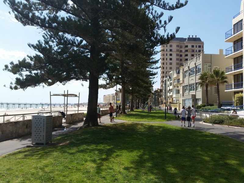 45/13 South Esplanade, Glenelg